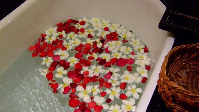 入浴時間が長いのはNG!忙しい人の心と体を癒す入浴方法