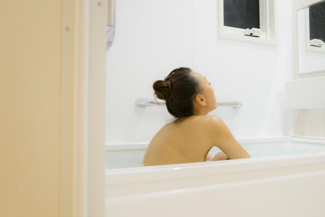 半身浴で汗を出す入浴方法