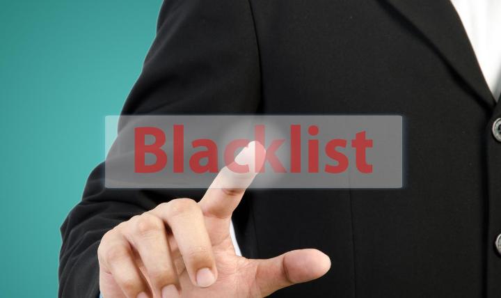 クレジットカードを複数もつとブラックリスト入りするの?