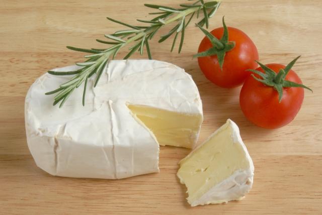 白カビチーズ:カマンベールなど