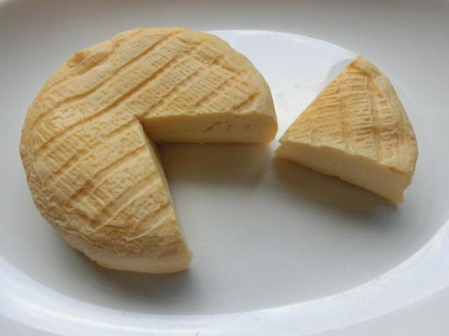 ウォッシュチーズ:エポワスなど