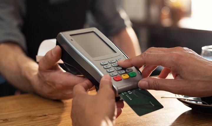 クレジットカードで生活費をすべて支払うことにはメリット多数!ぜひ検討を!