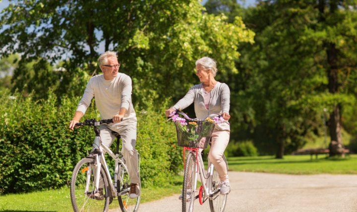 老後の生活費、豊かに暮らすためにはいくら必要?